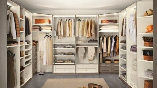 Cabina Armadio Camera Piccola : Interventi di ristrutturazione in camera da letto: la cabina armadio